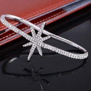 ♥️HP♥️ Crystal Hand Palm Cuff Bracelet